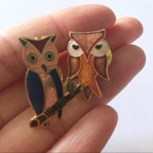 Jewelry - Set of 2 Vintage Retro Owl Lapel Pins